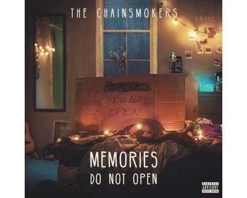 Un CD The Chainsmokers  Memories...Do Not Open