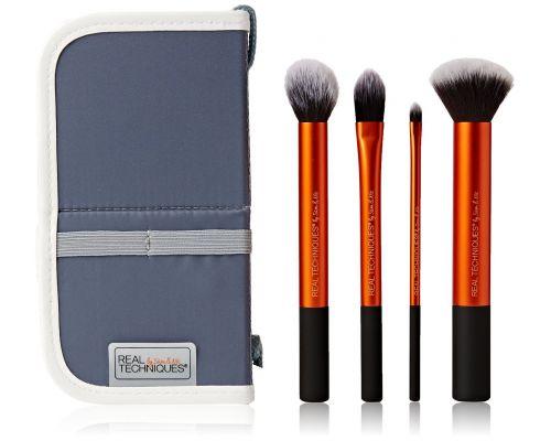 Un Coffret 4 Pinceaux de Maquillage Real Techniques