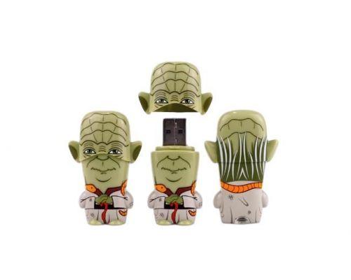 une Clé USB 8 Go Mimobot Yoda Star Wars
