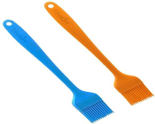 A Tihokile Kitchen Brush - Pastry Kitchen Utensils Silicone Brush Heat Resistant Bpa Free Suitable For Pastry / Bbq / Steak
